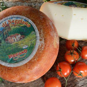 formaggio di pecora semi stagionato