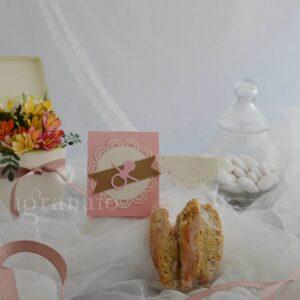 Cantucci artigianali con scatolina di confetti