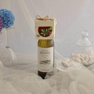 Vino bianco con scatolina di confetti
